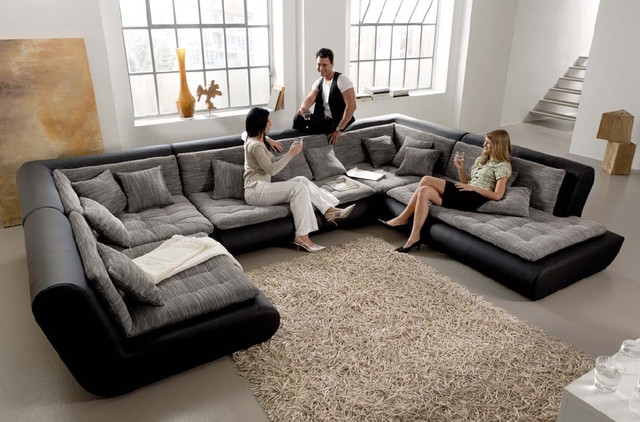 Popular Photo of Sofas And Sectionals