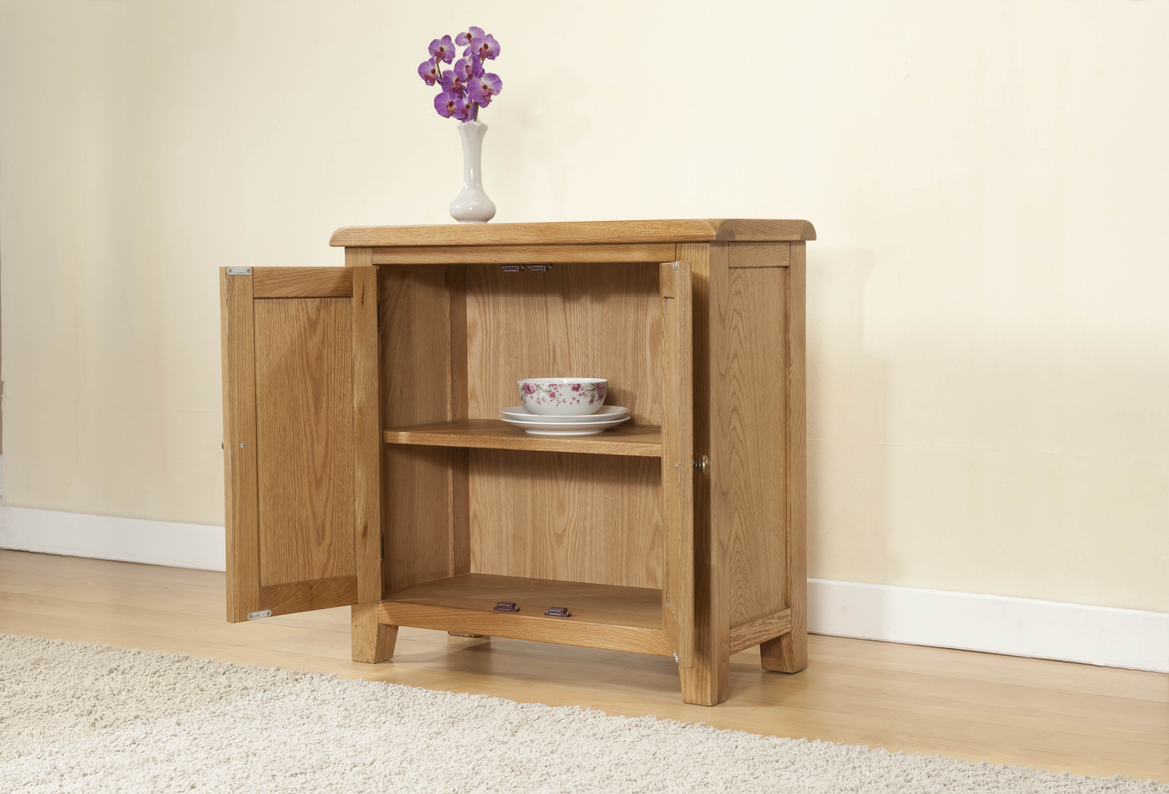 Small Cabinet With Doors Best Home Furniture Ideas Throughout Small Oak Cupboard (View 10 of 15)