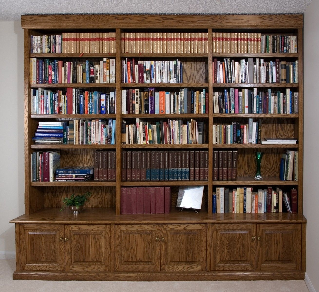 The Appeal Of The Modern Wall Bookcases Bookshelvesdesign Within Traditional Bookshelf Designs (#15 of 15)