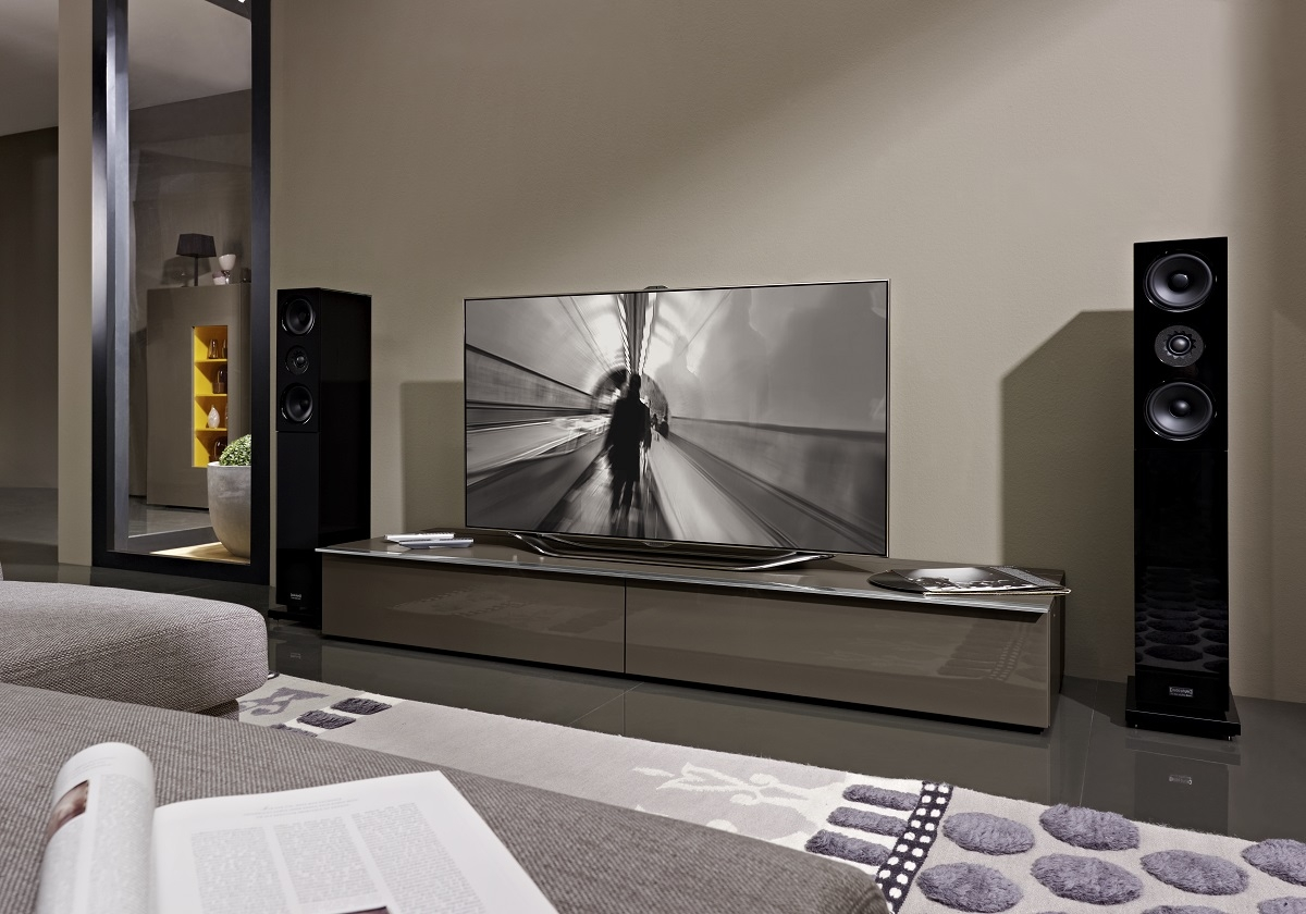 Tv Units Hulsta Webstore Pertaining To Low Media Unit (#13 of 15)