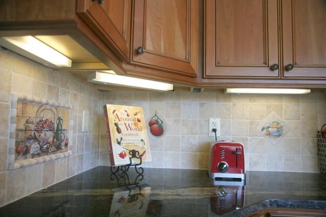 Under Cabinet Lights Location Throughout Kitchen Under Cupboard Lights (#14 of 15)