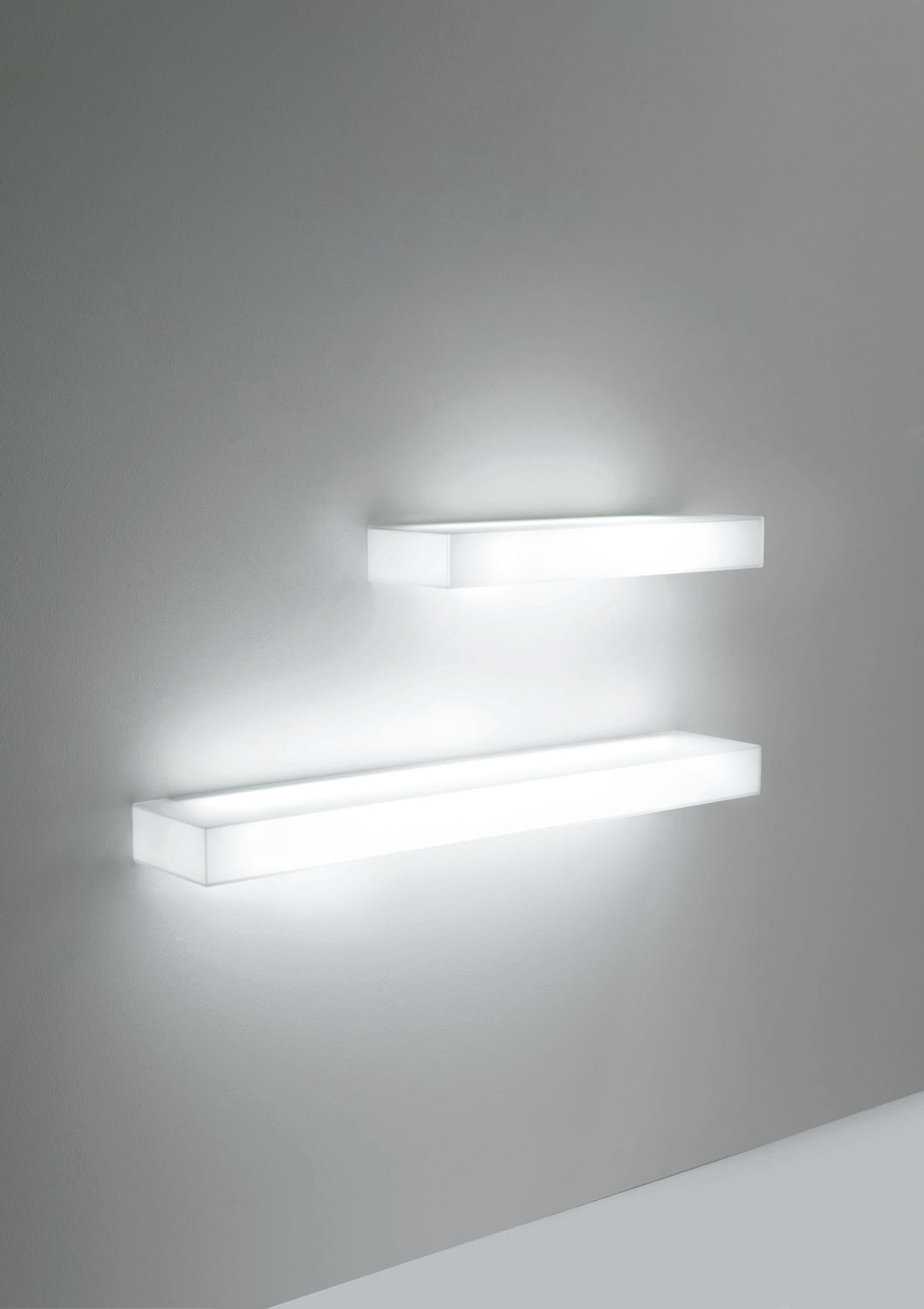 Wall Mounted Shelf Contemporary Glass Illuminated Light Pertaining To Illuminated Glass Shelves (#10 of 12)