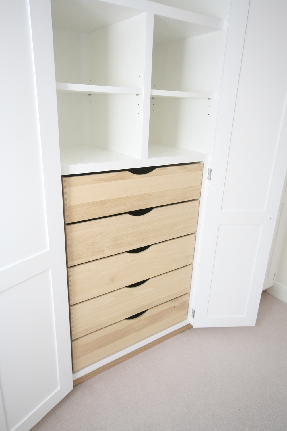 Wall To Wall Fitted Wardrobes With Drawers In Drawers For Fitted Wardrobes (View 11 of 15)