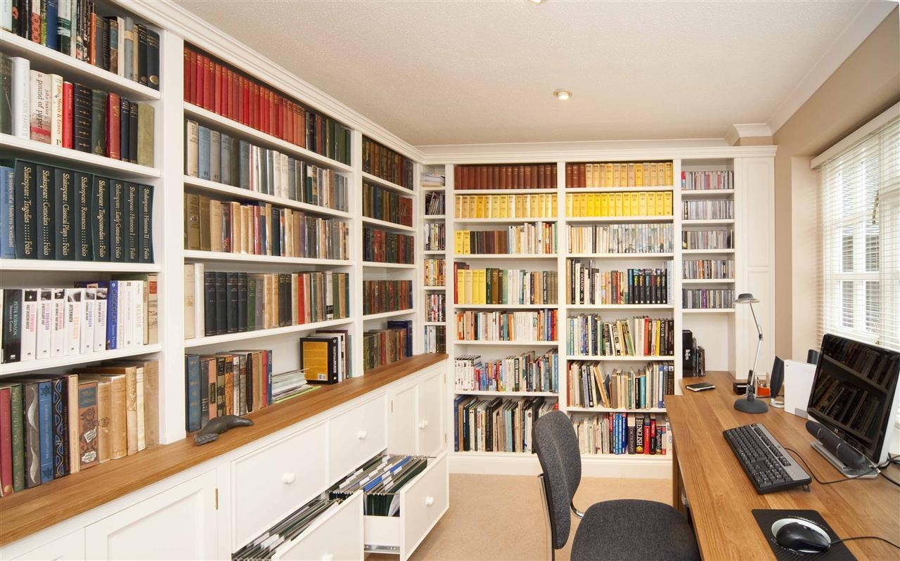 Welcome To The Hungerford Bookcase Company Intended For Bespoke Libraries (#14 of 15)