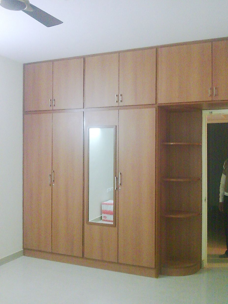 Wooden Cupboards For Bedroom For Fitted Wooden Wardrobes (View 15 of 15)