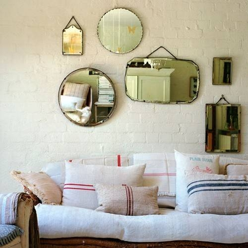 15 Mirror Decorating Ideas – Decoholic Regarding Small Vintage Mirrors (#4 of 30)