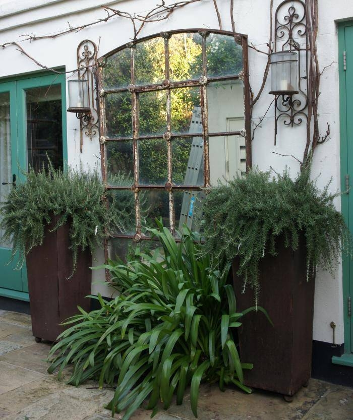 18 Dazzling Mirror Ideas For Your Garden – Garden Lovers Club For Large Garden Mirrors (#3 of 30)