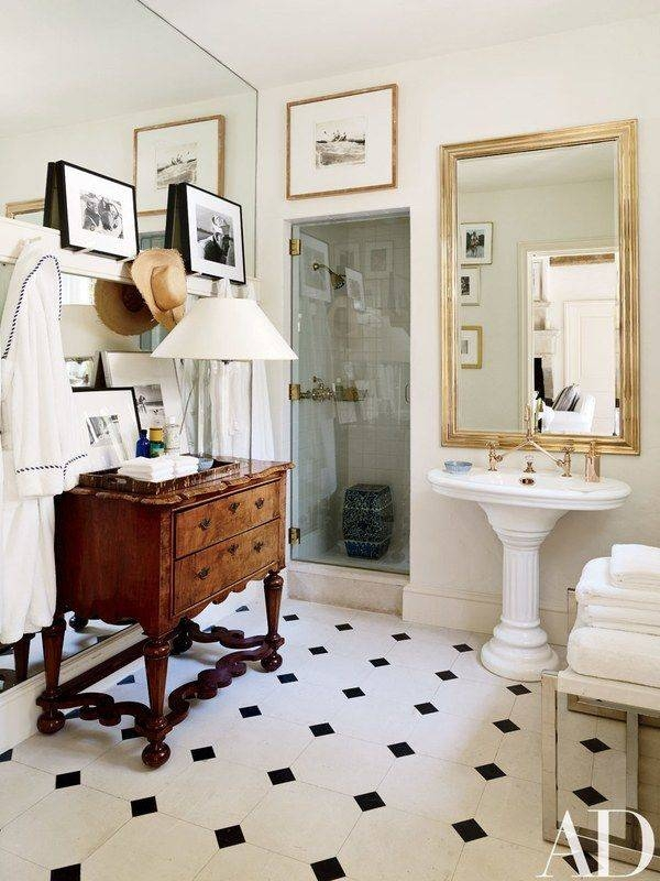 25+ Best Mirror Hanging Ideas On Pinterest | Small Bathroom For French Style Bathroom Mirrors (#5 of 30)