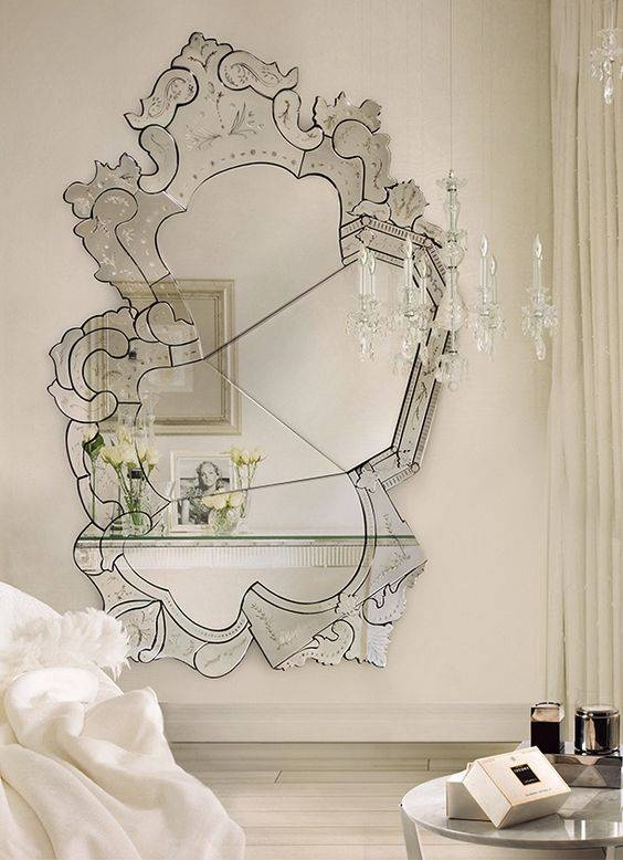 26 Unique Modern Mirrors That Completely Change The Space – Digsdigs With Regard To Modern Mirrors (#2 of 20)