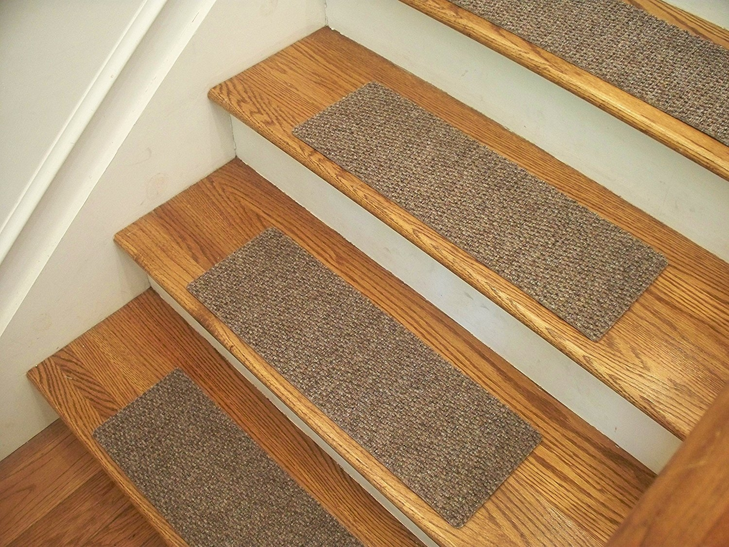Amazon Essential Carpet Stair Treads Style Berber Color Intended For Carpet Stair Treads Set Of  (#3 of 20)