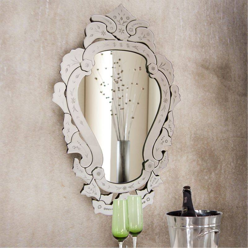 Antique Looking Mirrors: Add A Little Classic Touch To Your Room Throughout Vintage Looking Mirrors (#4 of 20)