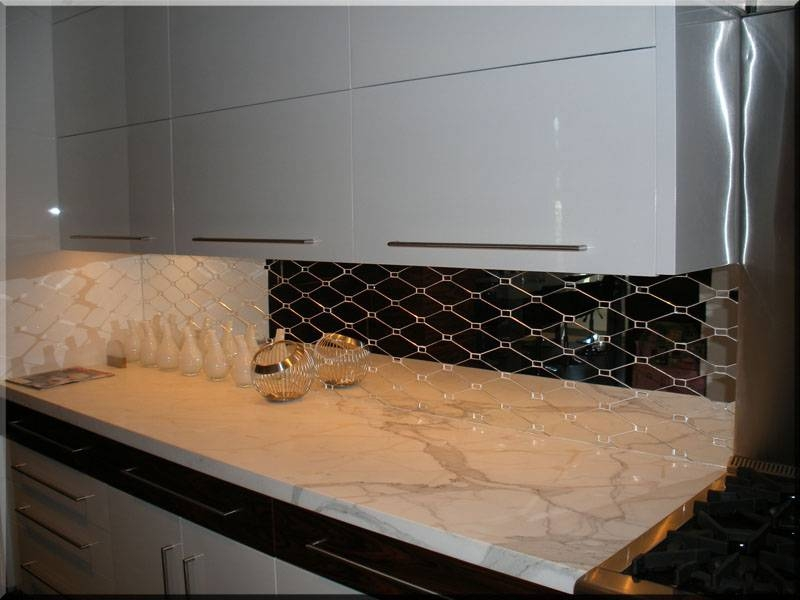 Antique Mirror Backsplash: New Inspiration To Create An Antique Pertaining To Ornamental Mirrors (View 10 of 20)
