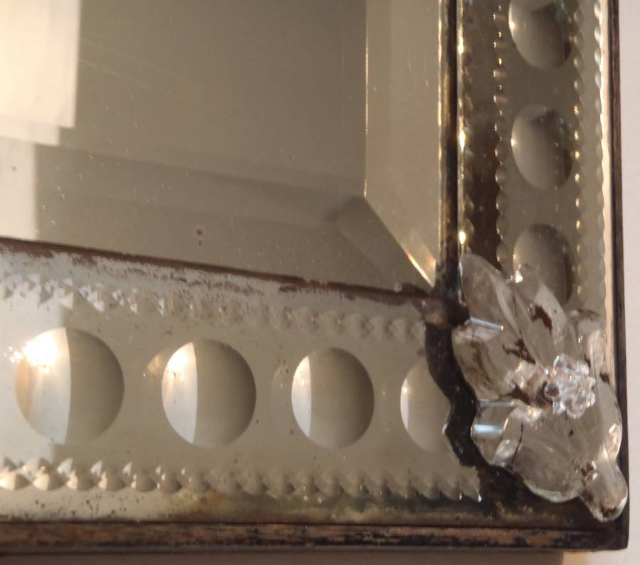 Antique Rectangular Venetian Mirror With Bubble Design Frame In Pertaining To Venetian Bubble Mirrors (View 25 of 30)