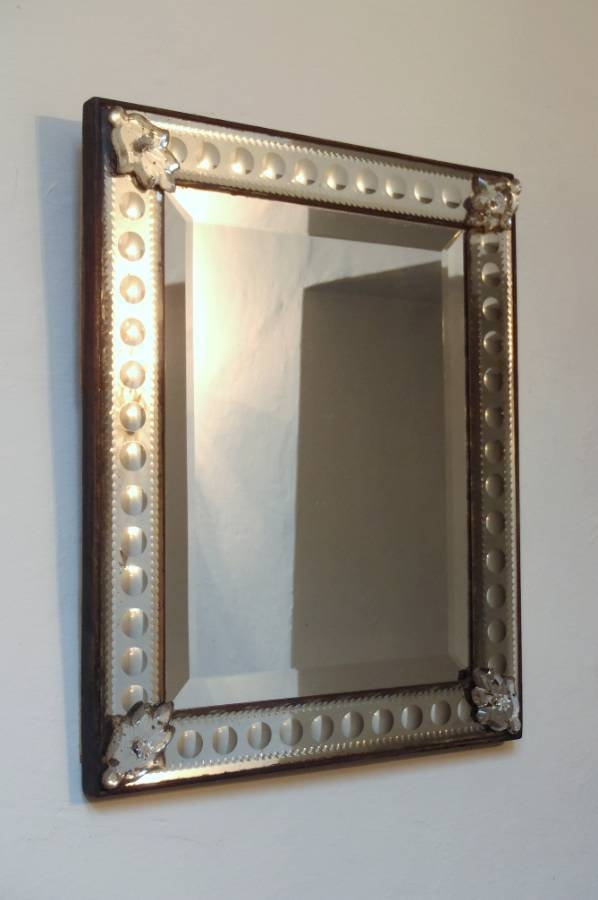 Antique Rectangular Venetian Mirror With Bubble Design Frame In With Regard To Venetian Antique Mirrors (View 4 of 20)