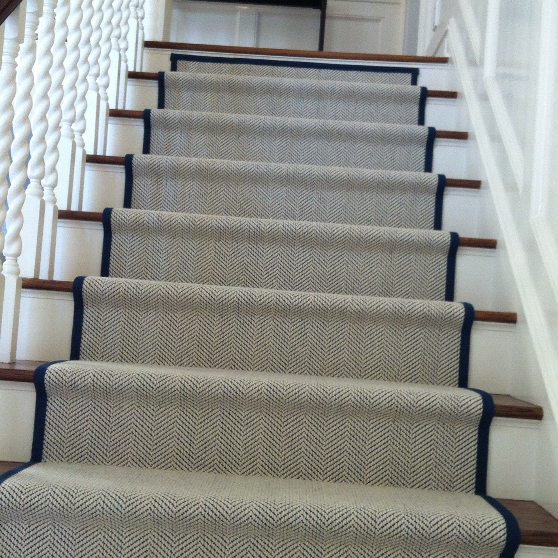 Area Rugs Startling Tahari Rugs Tahari Home Bathroom Rugs With Stair And Hallway Runners (#3 of 20)