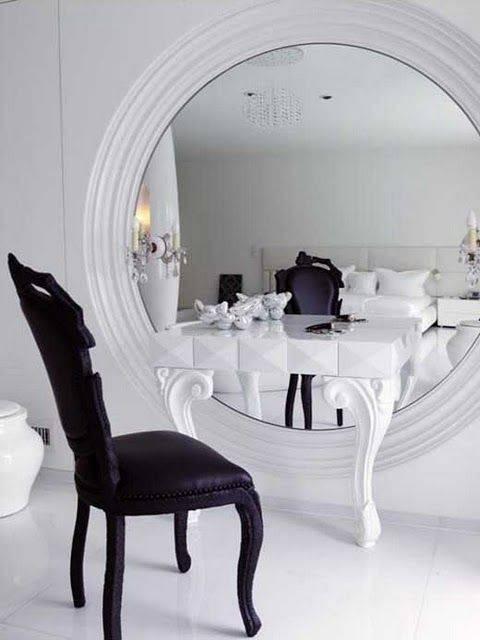Best 10+ Huge Mirror Ideas On Pinterest   Oversized Mirror, Giant Regarding Large Round Black Mirrors (#6 of 30)