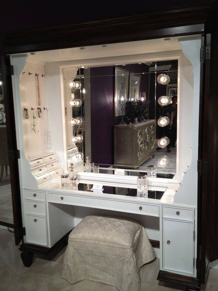 Best 25+ Lighted Mirror Ideas On Pinterest | Diy Makeup Vanity Regarding Illuminated Dressing Table Mirrors (#9 of 20)