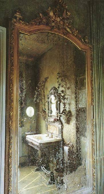 Best 25+ Old Mirrors Ideas On Pinterest | Antique Mirrors, Vintage Intended For Large Old Mirrors (View 18 of 30)