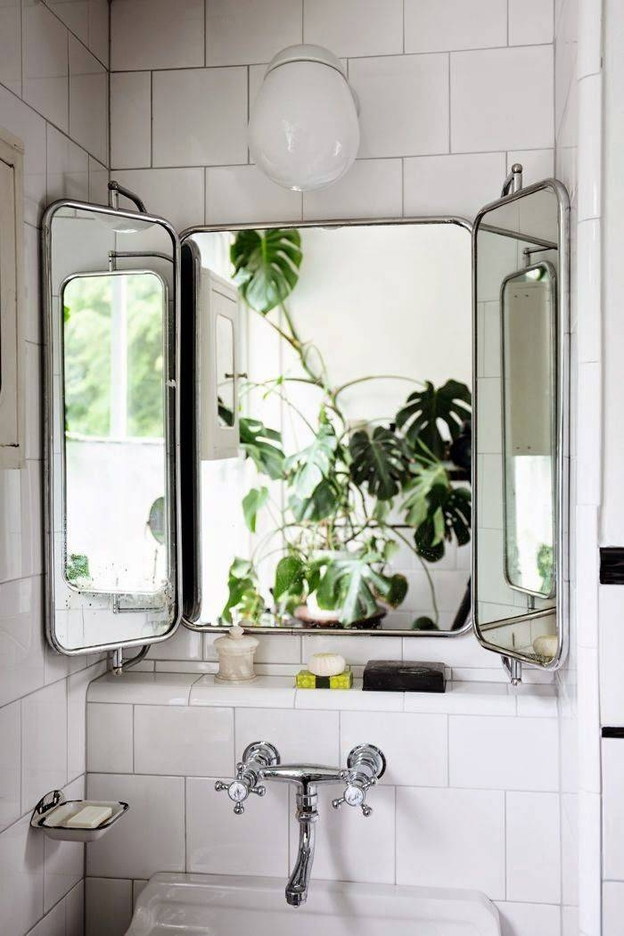 Popular Photo of Vintage Mirrors For Bathrooms