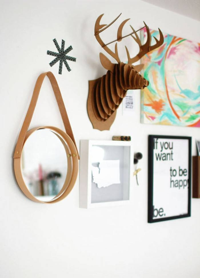 Decorative Mirror – 10 Stylish And Practical Ideas For Your Home Regarding Decorative Small Mirrors (#7 of 20)