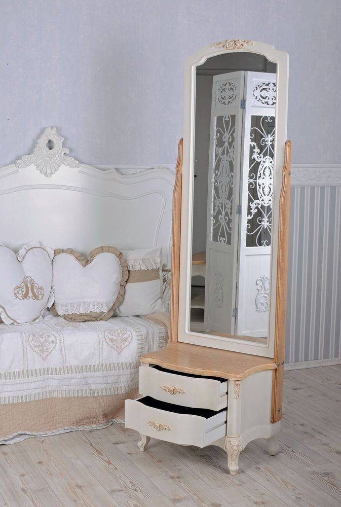 Die Besten 25+ Country Full Length Mirrors Ideen Auf Pinterest Intended For Shabby Chic Long Mirrors (#17 of 30)