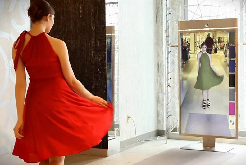 """Effortless Shopping With Memo Mi's """"Memory Mirror"""" – Inside Shopping Mirrors (#11 of 30)"""