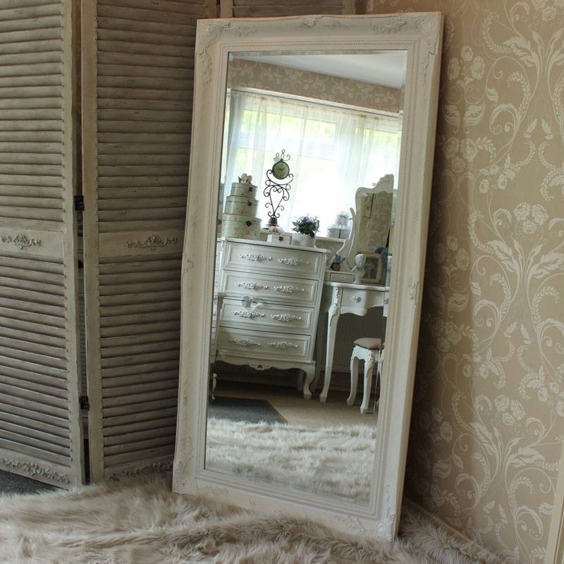 Extra Large White Ornate Mirror – Melody Maison® With Regard To Large Ornate White Mirrors (View 11 of 20)