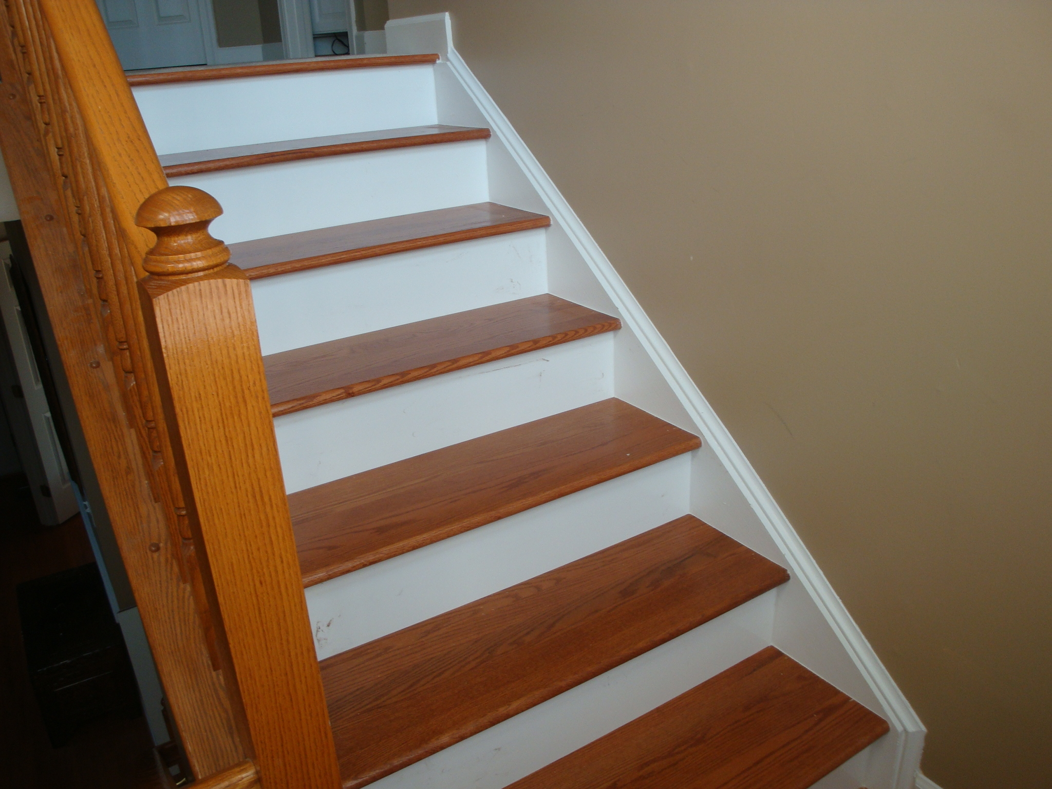 Finest Red Oak Stair Treads Latest Door Stair Design Intended For Stair Treads For Wooden Stairs (#7 of 20)