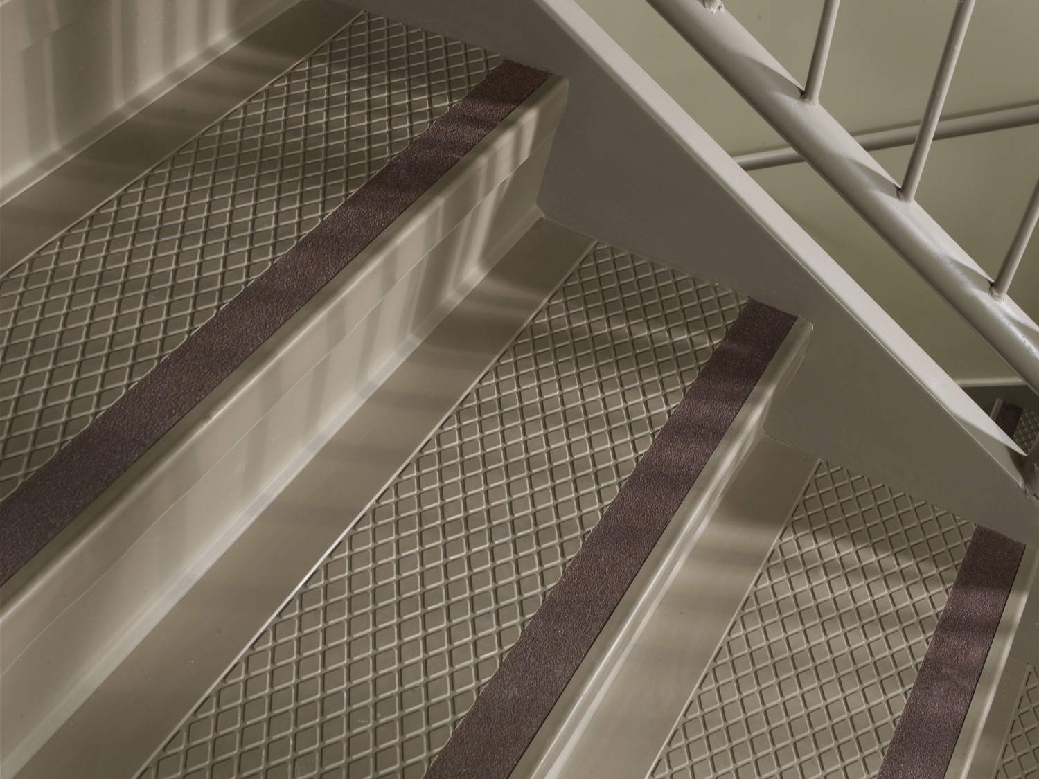 Flooring Pretty Stair Treads Carpet For Stair Decoration Idea For Stair Tread Carpet Protectors (#8 of 20)