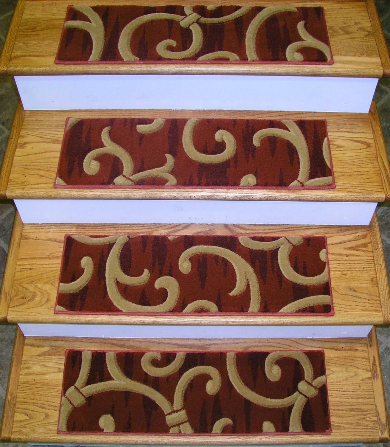 Flooring Pretty Stair Treads Carpet For Stair Decoration Idea Inside Individual Carpet Stair Treads (#10 of 20)