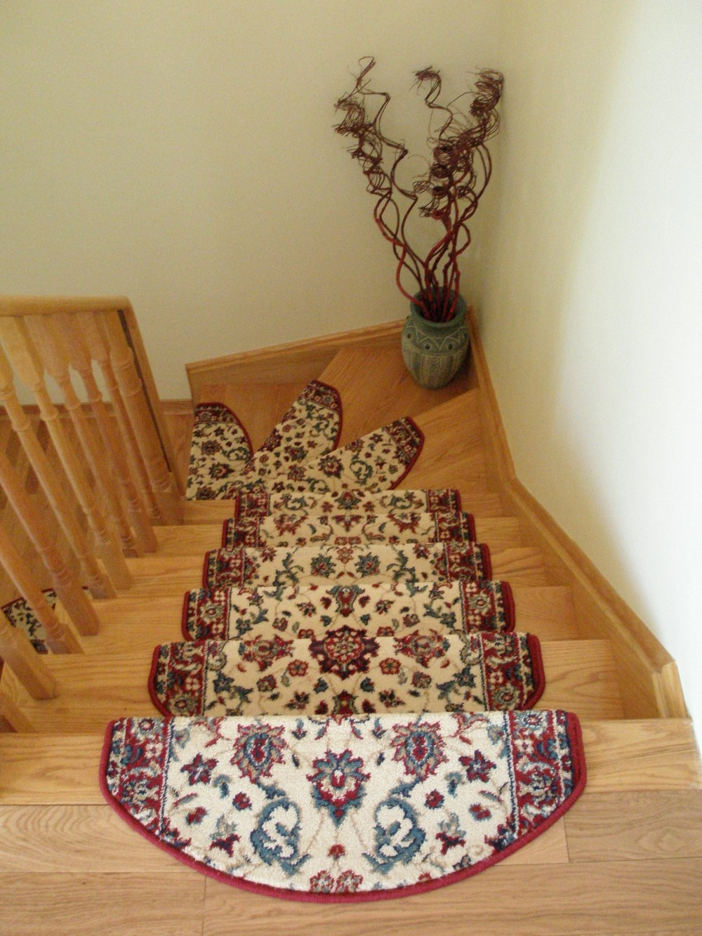 Flooring Pretty Stair Treads Carpet For Stair Decoration Idea Pertaining To Stair Tread Rug Pads (#9 of 20)