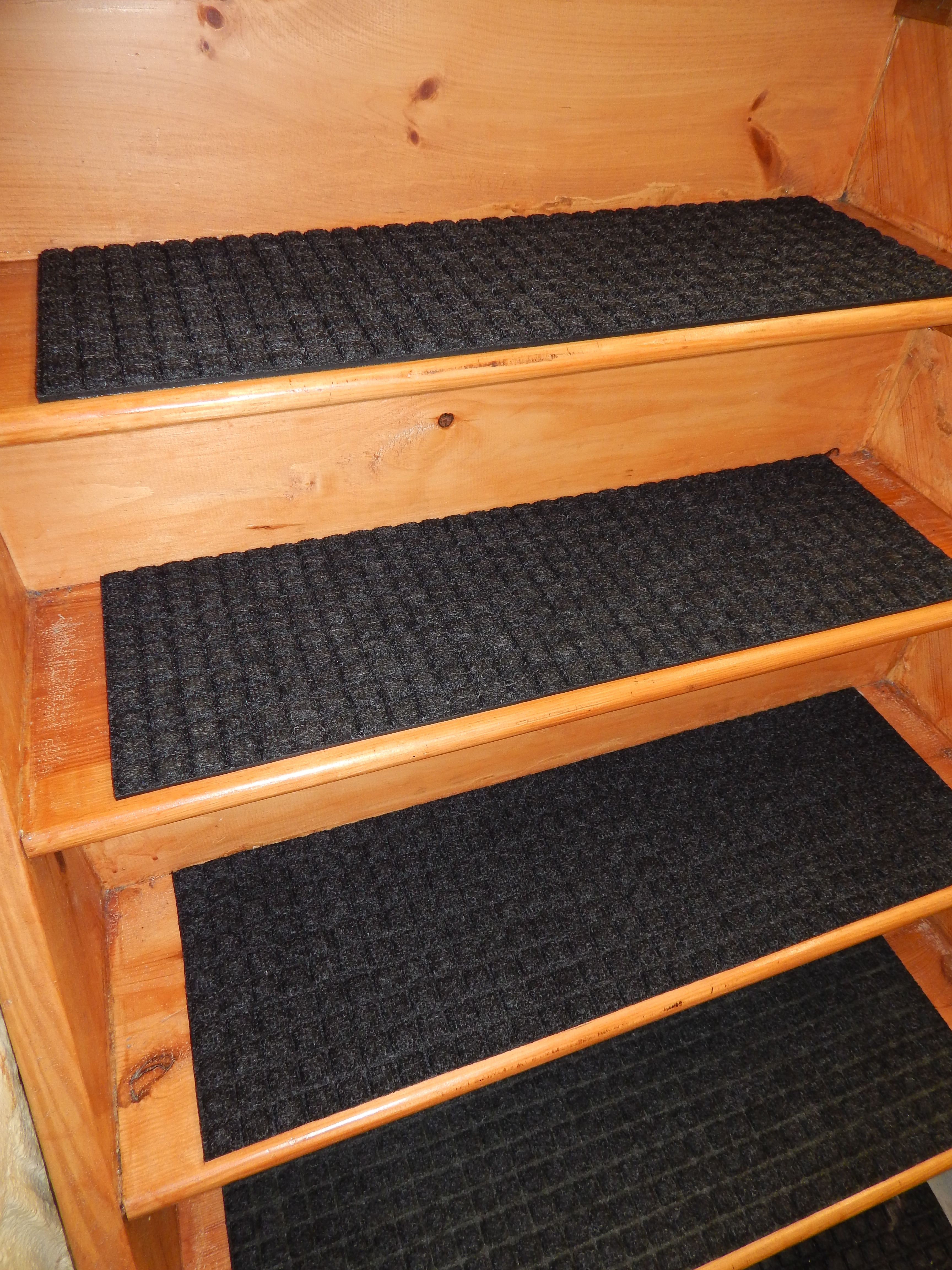 Flooring Pretty Stair Treads Carpet For Stair Decoration Idea Pertaining To Stair Tread Rugs Outdoor (#4 of 20)