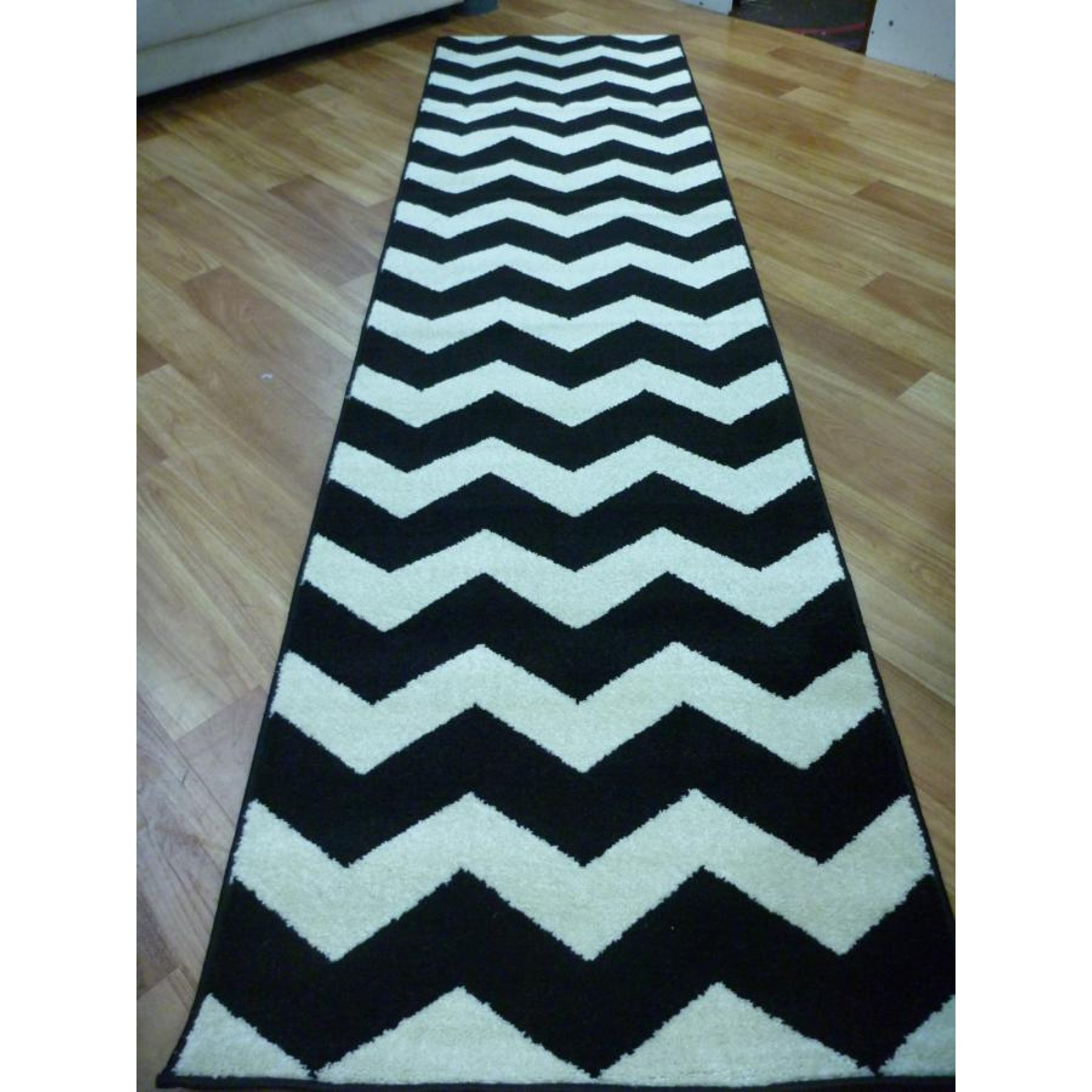 Popular Photo of Black Rug Runners For Hallways
