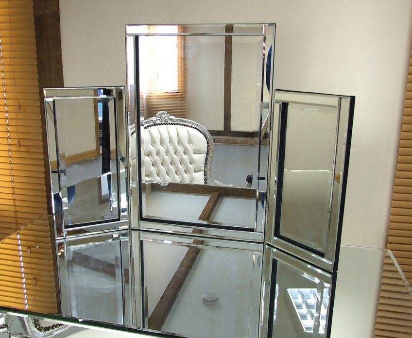 Free Standing Tri Fold Mirror – Harpsounds (#20 of 30)