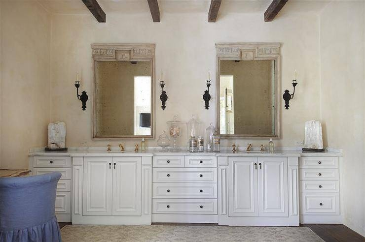French Bathroom With Wood Beams Design Ideas Pertaining To French Bathroom Mirrors (#23 of 30)
