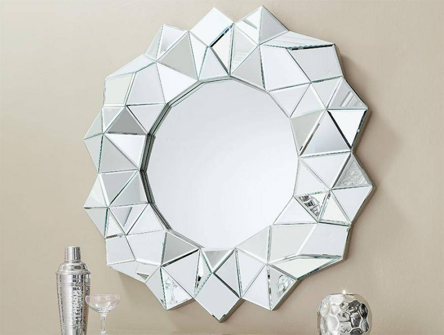 Gallery Contemporary Marilyn Round Mirror With Striped Sparkle Frame Inside Contemporary Round Mirrors (View 5 of 20)