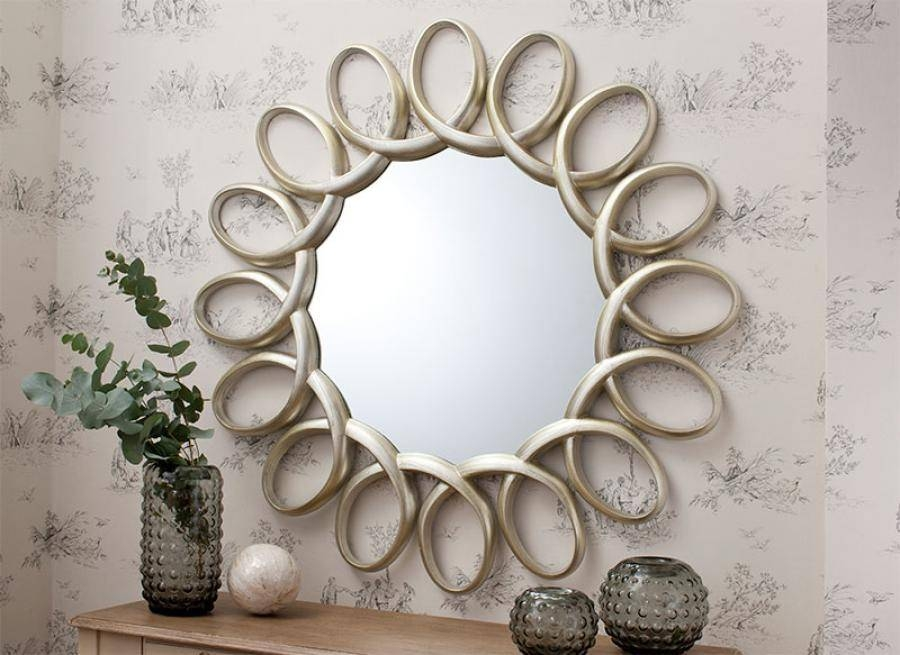Gallery Contemporary Marilyn Round Mirror With Striped Sparkle Frame Intended For Contemporary Round Mirrors (View 16 of 20)