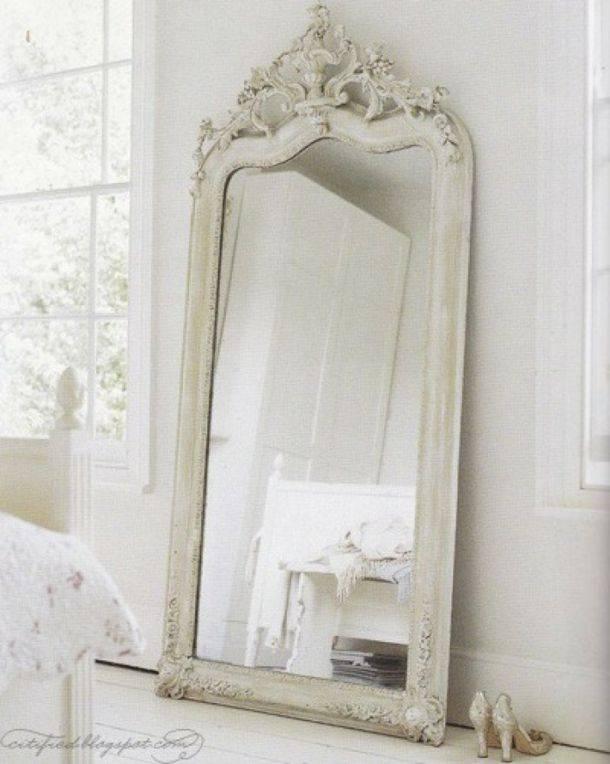 Grand Miroir – La Classique Perdue Qui Fait Vivre L'espace Within Large Vintage Mirrors (#15 of 20)