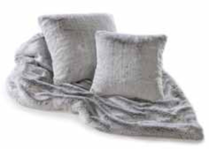 Grey Throws For Beds Sofas And Chairs With Regard To Grey Throws For Sofas (View 9 of 15)