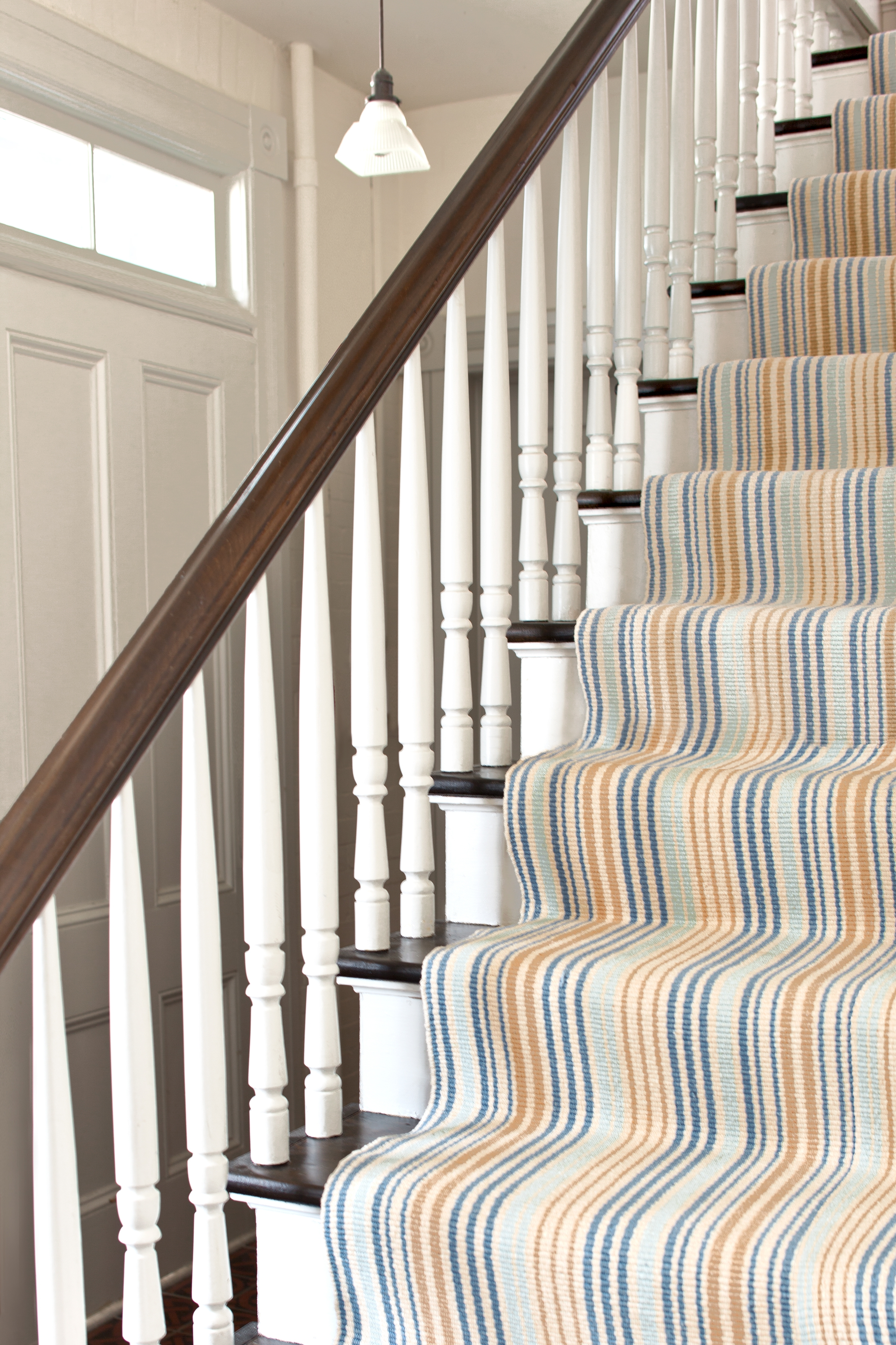 How To Choose A Runner Rug For A Stair Installation Inside Rugs For Staircases (#17 of 20)
