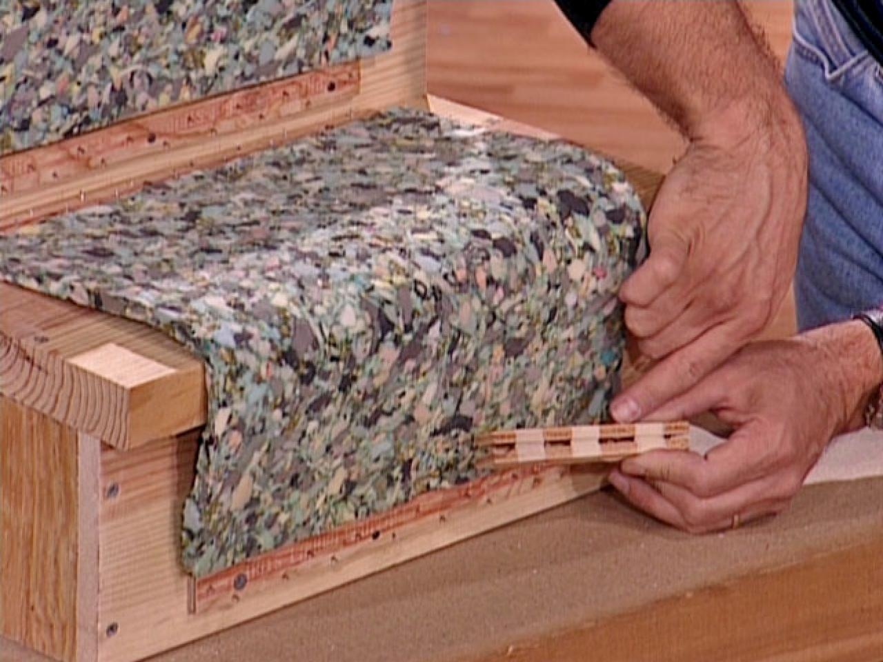 How To Install A Carpet Runner On Wooden Stairs How Tos Diy For Stair Tread Rug Liners (View 13 of 20)