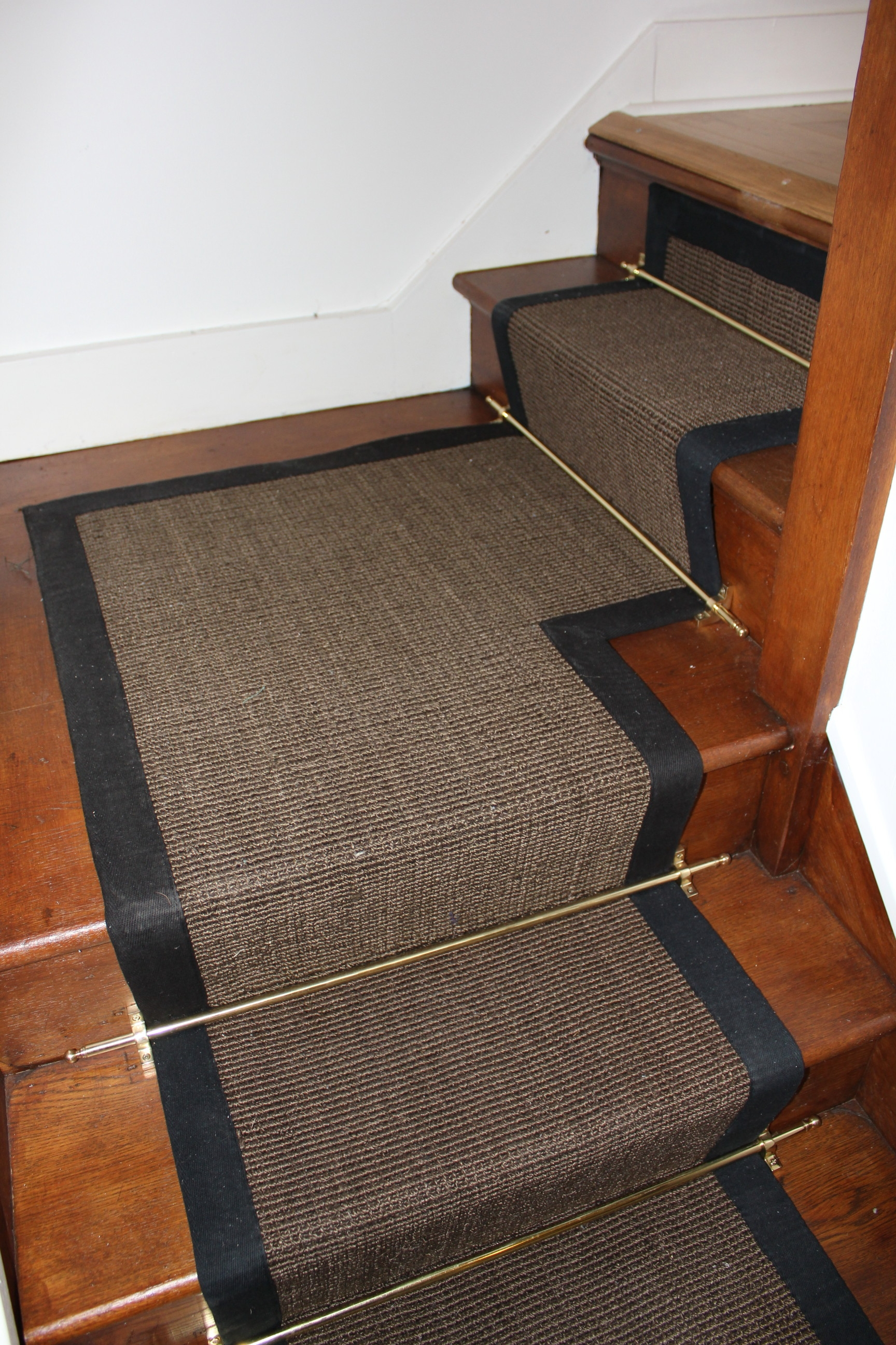 Interior Stair Runners With Beige Border And Gold Iron Rods On With Stair Tread Carpet Rods (#13 of 20)