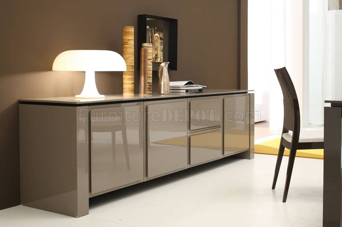 Light Brown Finish Contemporary Buffet With Spacious Cabinets Within Contemporary Sideboard Cabinet (View 1 of 20)