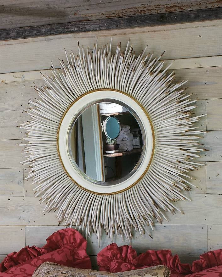 Living Room Large Round Mirrors – Carameloffers Within Unique Round Mirrors (#22 of 30)