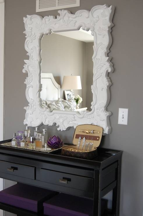 Louis Vuitton Eva Clutch – Transitional – Bedroom – Benjamin Moore Throughout White Baroque Mirrors (#12 of 20)