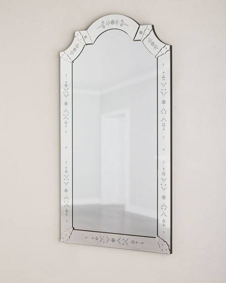 Mabel Venetian Style Wall Mirror Regarding Venetian Style Wall Mirrors (View 9 of 20)