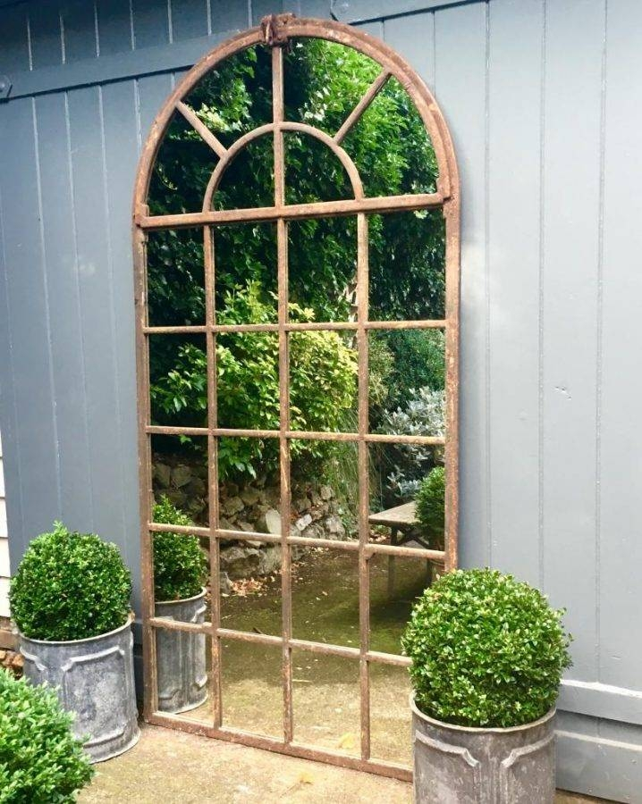 Mirrors Are The Most Popular Gardening Trend Right Now Intended For Garden Mirrors (#24 of 30)
