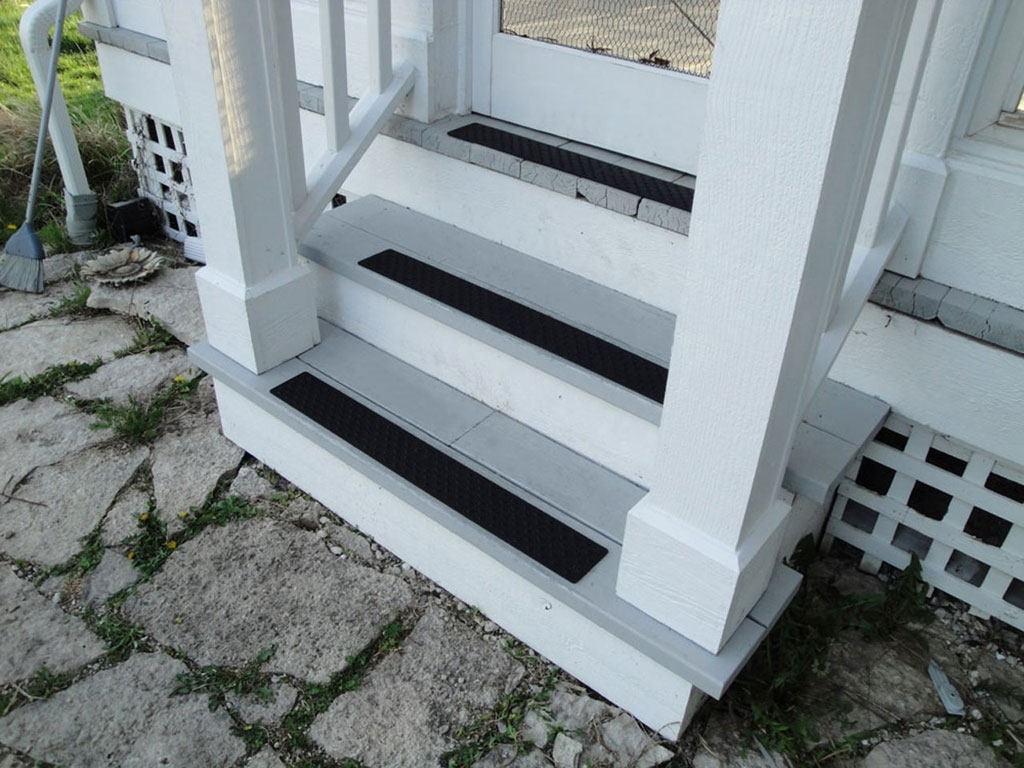 Non Slip Stair Treads Handiramp With Adhesive Carpet Strips For Stairs (#13 of 20)