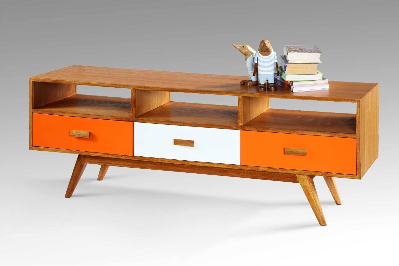 Pasion For Retro – Mia Casa – Dress Up Your Home Pertaining To Retro Sideboards (#8 of 20)