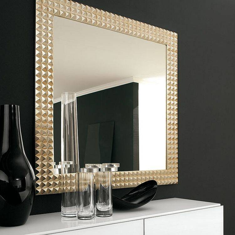 Refined Reflection: 4 Strikingly Glamorous Mirrors From Cattelan Intended For Glitzy Mirrors (View 19 of 20)